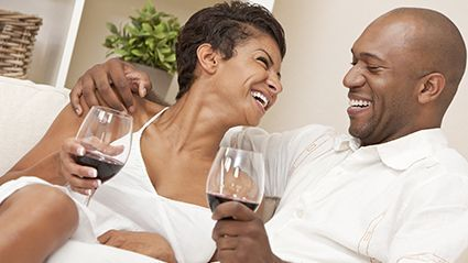 News Picture: Could a Few Glasses of Wine Per Week Help Ward Off Cataracts?